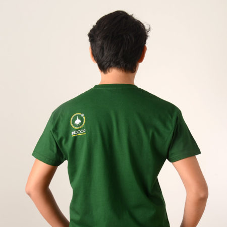 camiseta Outdoor Vs Indoor back